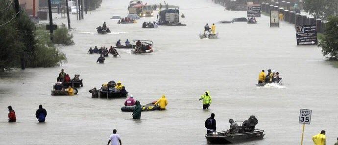 Best Ways to Help Harvey Hurricane Victims